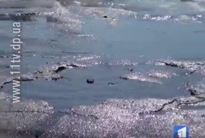 Новости 11 канал: У Нікополі не можуть знайти 500 метрів нормальної дороги (відео)